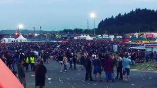 O festival Rock am Ring acontece nas proximidades de Koblenz, na Alemanha.