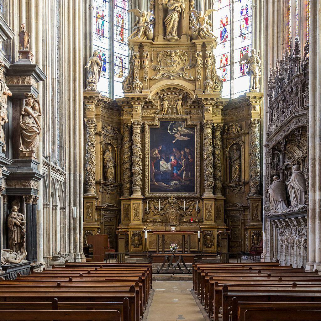 Nhà nguyện Đức Mẹ bên trong nhà thờ Notre-Dame de Rouen.