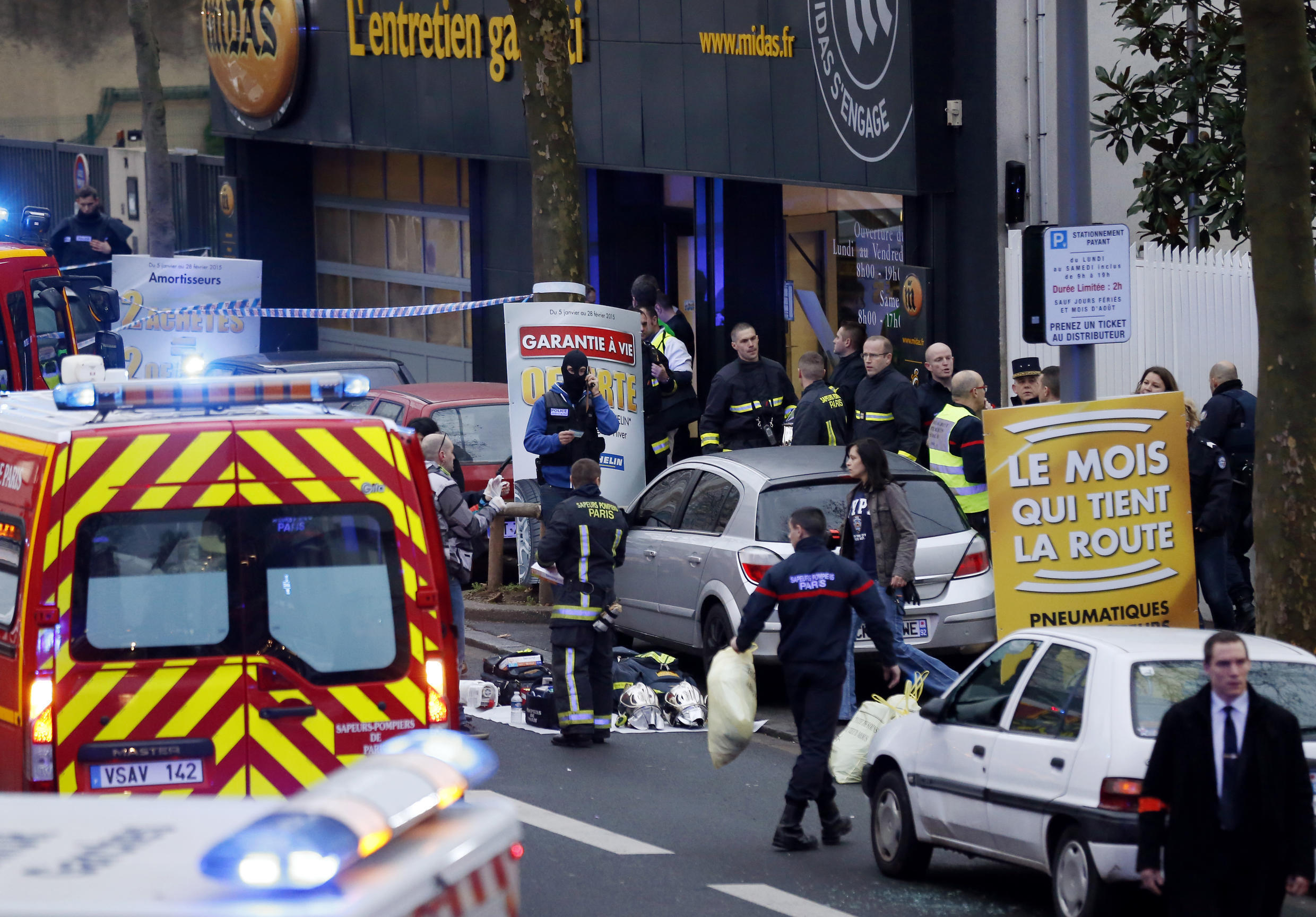 The scene of the shooting in Châtillon