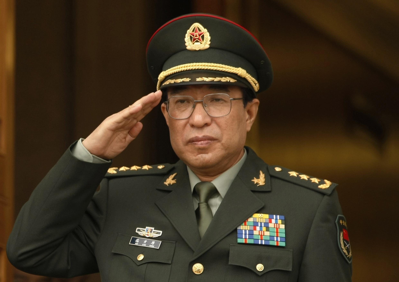 Xu Caihou, général à la retraite, ex-numéro deux de l'armée, a été expulsé du Parti communiste chinois, ce lundi 30 juin 2014. Il passera devant une cour martiale pour corruption et abus de pouvoir, relate l'agence de presse officielle chinoise Xinhua.