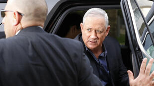Le chef du parti centriste israélien Bleu-blanc est chargé par le président de former un nouveau gouvernement.