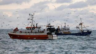 欧盟与英国在最具争执的捕鱼问题上达成协议。