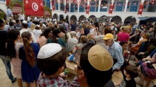 Le 12 mai 2017 durant le pèlerinage juif de la Ghriba à Djerba en Tunisie.