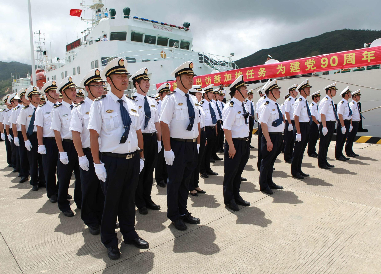 """中國""""海巡31""""號船船員"""