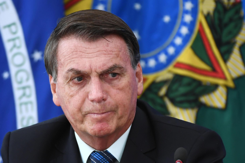 Le président du Brésil, Jair Bolsonaro, remanie son gouvernement et annonce le départ de six ministres.