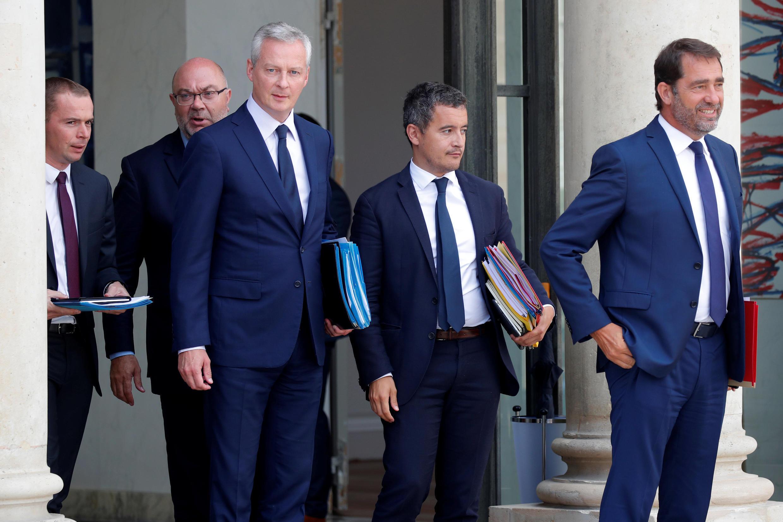 Christophe Castaner (primero a la derecha) se convierte en el nuevo ministro de Interior de Francia.