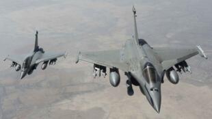 هواپیماهای رافال فرانسه در آسمان سوریه