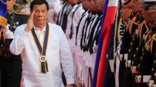 Ảnh minh họa : Tổng thống Rodrigo Duterte, nhân lễ kỷ niệm lần thứ 120, ngày thành lập Hải Quân Philippines. Chụp tại Manila, ngày 22/05/2018.