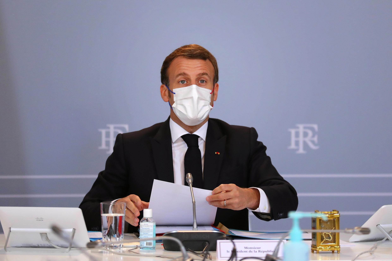 Le président français Emmanuel Macron lors du Conseil de défense du 12 novembre 2020 au palais de l'Elysée à Paris