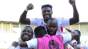 La joie des joueurs du Horoya AC sur la pelouse d'Enyimba, le 1er mars 2020.