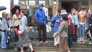 Depuis 1988, Hay On Wye, devenue capitale mondiale du livre d'occasion, accueille également chaque année, au mois de mai, l'un des plus grands festivals de littérature en Europe.
