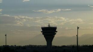 Tour de contrôle de l'aéroport d'Antalya en Turquie.