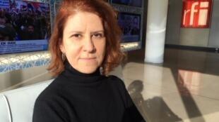 A escritora carioca Adriana Armony.