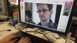 Edward Snowden, funcionário da Agência norte-americana de segurança, foi o estopim do escândalo sobre o rastreamento de dados.