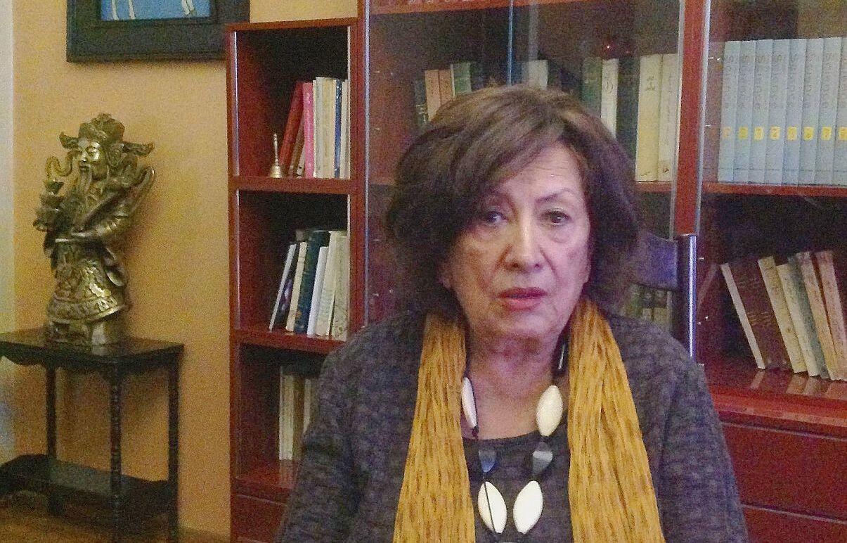 پری صابری، نمایشنامهنویس و کارگردان تئاتر
