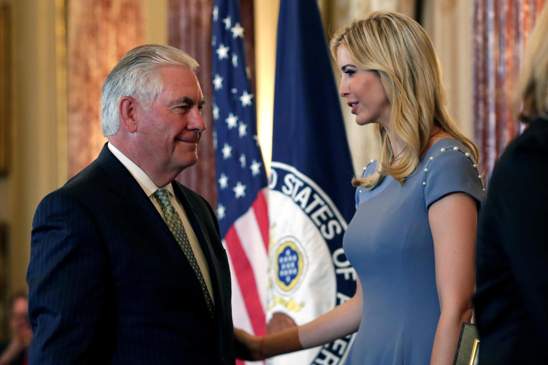 美国国务卿蒂勒森与伊万卡.特朗普在国务院公布2017人口贩卖报告会上