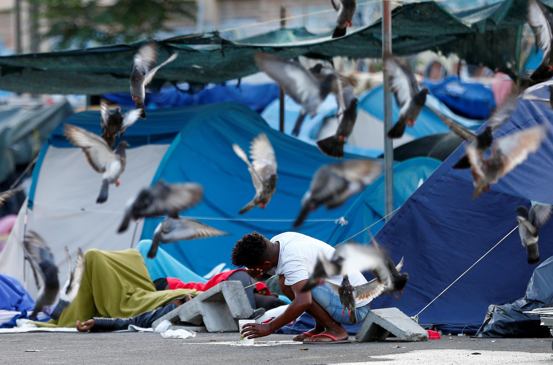 Лагерь мигрантов в Риме