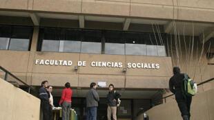 Facultad de Ciencias Sociales, Universidad de Chile.
