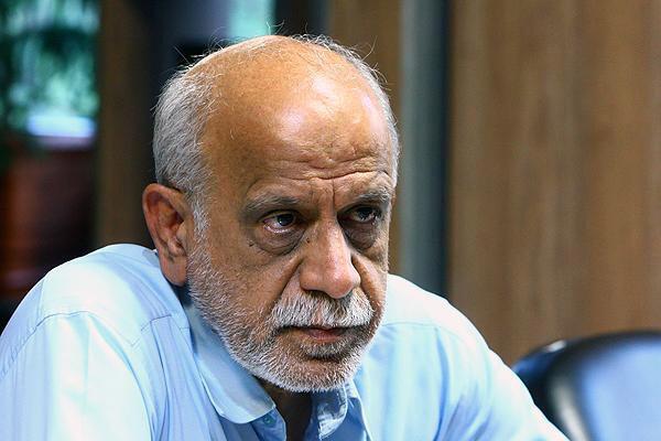 احمد خاتمی یزد پژوهشگر مسائل پولی و بانکی و مدیر عامل پیشین بانک صادرات ایران