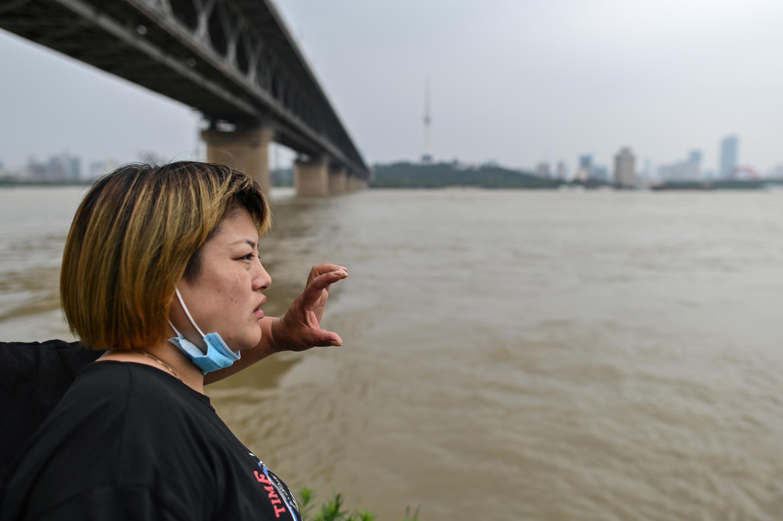 2020年7月14日照片 中國南方汛期武漢長江江面水漲圖片