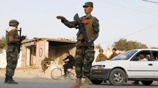 Vendredi 11 octobre, un contrôle de routine d'une voiture de parlementaires a failli tourner au drame à Kaboul. (Image d'illustration)