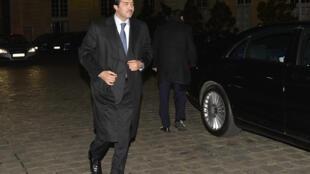 Ahmed Al-Sayed, lãnh đạo Cơ quan quản lý đầu tư Qatar (Qatar Investment Authority) đến trụ sở chính phủ Pháp - điện Matignon, Paris, ngày 16/02/2014