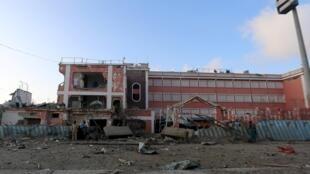 Forças de segurança da Somália enfrentaram tiroteio durante três horas para desajolar milicianos shebab do hotel Sahafi, em Mogadíscio.