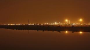 Foto desta quarta-feira mostra a capital Nova Déli depois que a energia elétrica foi restaurada na Índia.