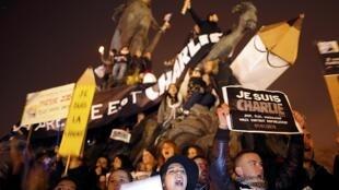 Marche de solidarité à Paris, le 11 janvier 2015.
