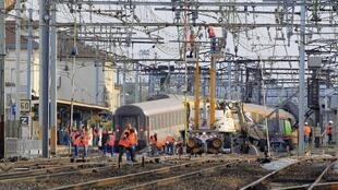 La antigüedad de algunas infraestructuras ferroviarias en Francia son acusadas de causar el accidente de Brétigny-sur-Orge.