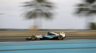 Mercedes Formula One Driver Nico Rosberg claimed pole position at the Abu Dhabi Grand Prix on Saturday.