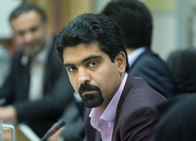 سپنتا نیکنام، عضو زردشتی شورای شهر یزد