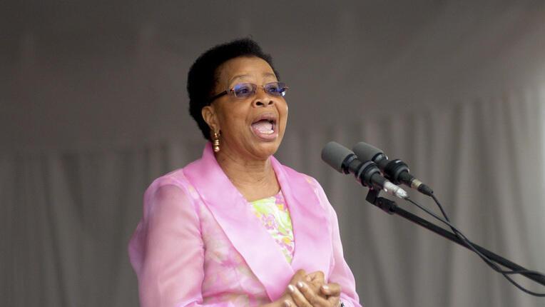 Graça Machel, usando da palavra na Oficina de História de Moçambique