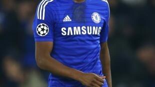John Obi Mikel peut sourire. Avec son premier but en Ligue des champions cette saison, le Nigérian a pleinement participé à la belle victoire de Chelsea contre le Sporting Lisbonne mercredi 10 décembre 2014 (3-1).
