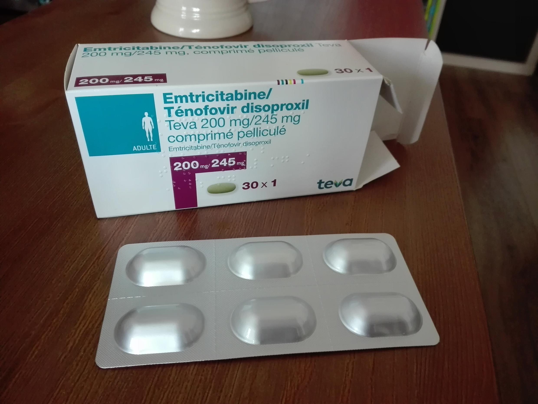 Una caja de píldoras Prep genéricas.