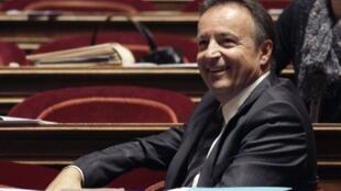Le président du groupe socialiste au Sénat, Jean-Pierre Bel, savoure la victoire de l'opposition le 25 septembre 2011.