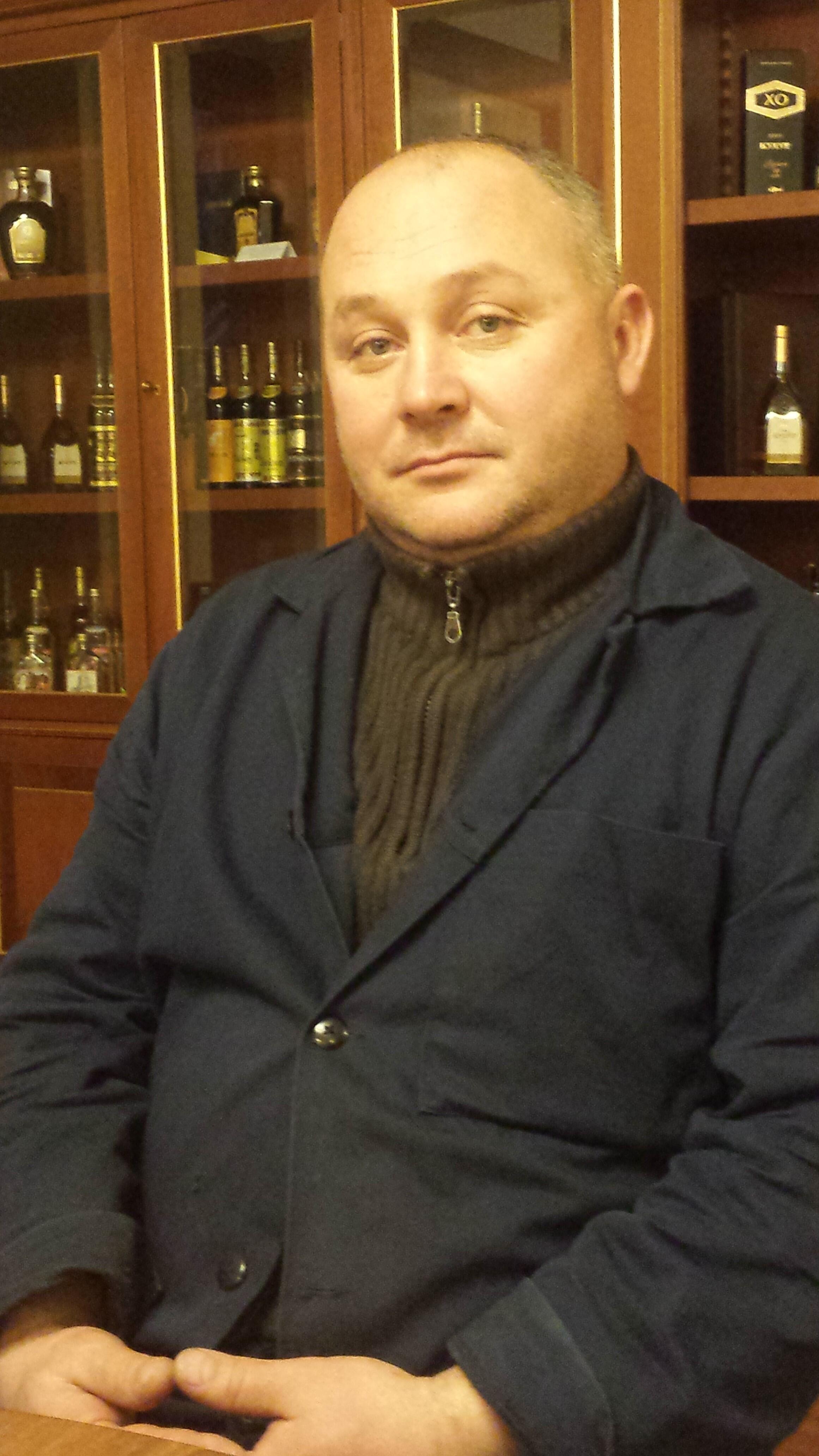Владимир Чеботаренко, сотрудник винно-коньячного завода «КВИНТ».