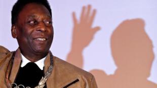 O ex-jogador de futebol brasileiro, Pelé, de 78 anos.