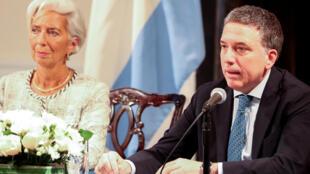 La présidente du FMI, Christine Lagarde, en compagnie du nouveau ministre des Finances argentin, Nicolas Dujovne, le 26 septembre 2018.