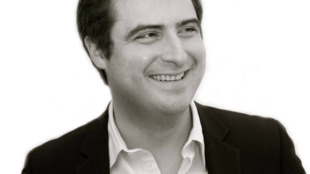 Daniel Lansberg-Rodriguez, Asesor de riesgo geopolítico y profesor adjunto de finanzas internacionales en la Universidad de Northwestern.