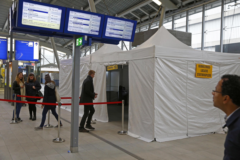 Một phòng bỏ phiếu trưng cầu dân ý tại Utrecht, Hà Lan liên quan đến thỏa thuận Ukraina và Liên Hiệp Châu Âu, ngày 06/04/2016.