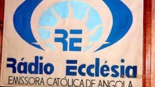 Logótipo da Rádio Ecclésia em Angola, que devido à crise despede jornalistas experientes