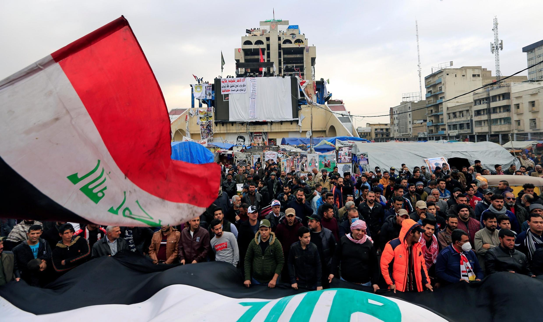معترضان عراقی میدان نفتی جنوبی ناصریه را تعطیل کردند