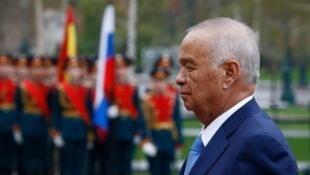اسلام کریموف، رئیس جمهوری ازبکستان چشم از جهان فرو بست.