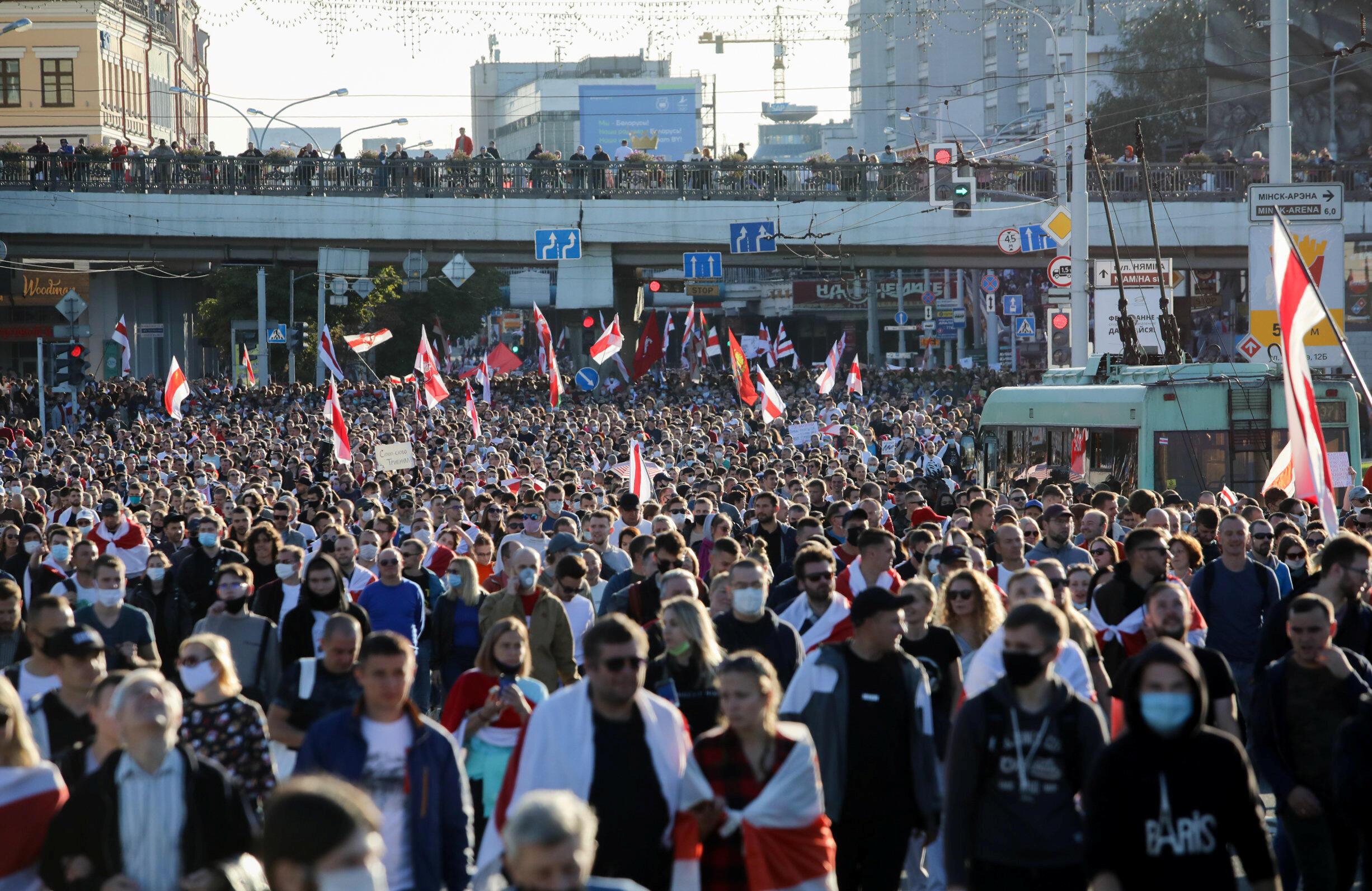 2020-09-20T190856Z_153835102_RC2J2J9OJLGI_RTRMADP_3_BELARUS-ELECTION-PROTESTS