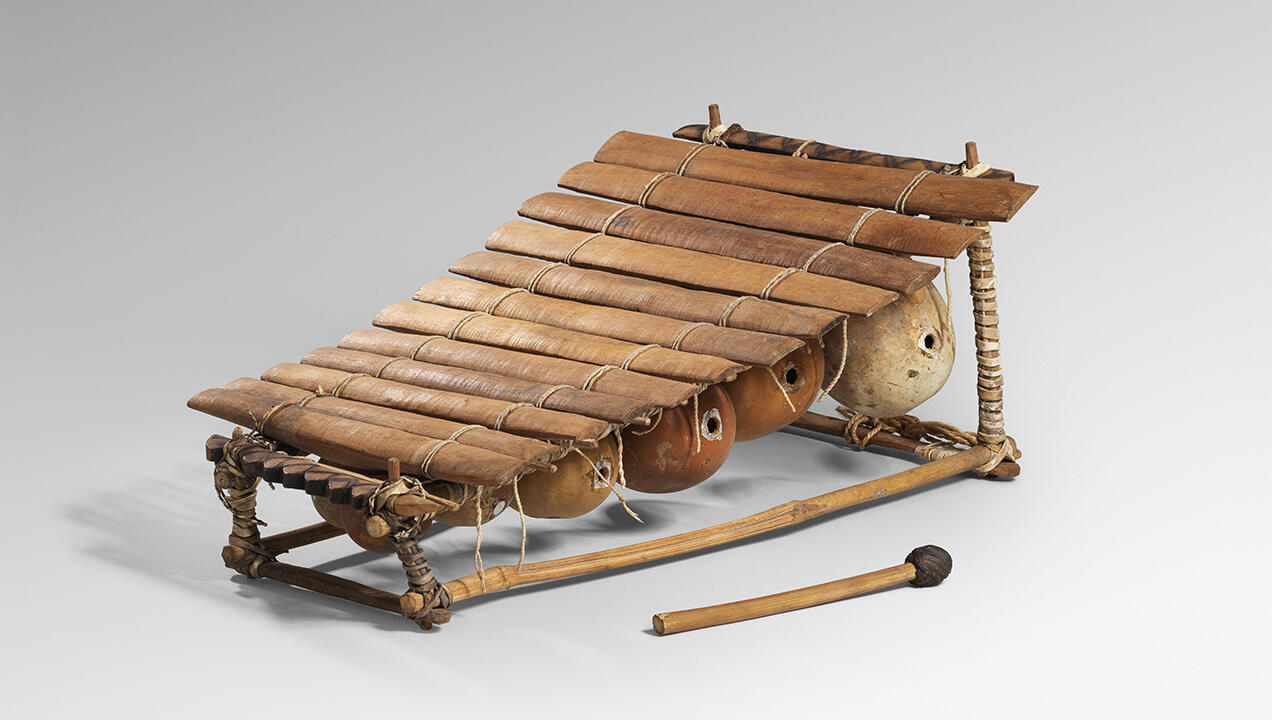 Принадлежавший Пикассо ксилофон.  Hugard & Vanoverschelde Photography.