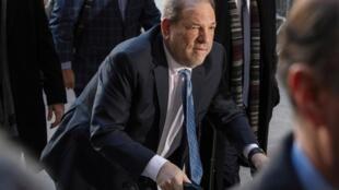 O ex-produtor americano Harvey Weinstein, em foto de 24 de fevereiro de 2020.