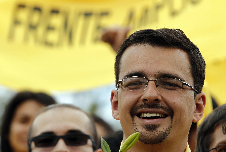 Jose Maria Villalta, le candidat du Frente Amplio, lors d'une visite à Escazu, le 31 janvier 2014.