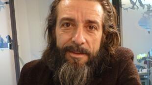 Andrés Marín en los estudios de RFI