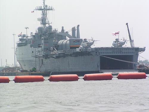 Hàng không mẫu hạm IINS Vikramaditya của Ấn Độ.